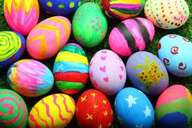 Le associazioni Sunrise e MotoClub Salentum Terrae ,all'ospedale di Tricase per la consegna delle uova di pasqua ai bambini della pediatria