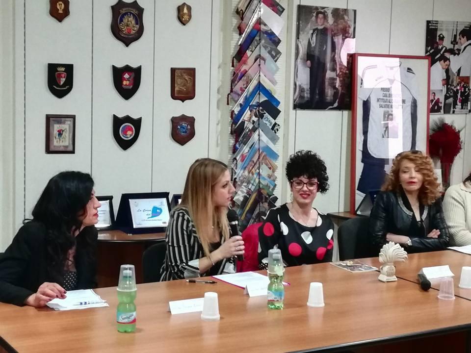 L'Associazione Nazionale dei Carabinieri premia Maria De Giovanni