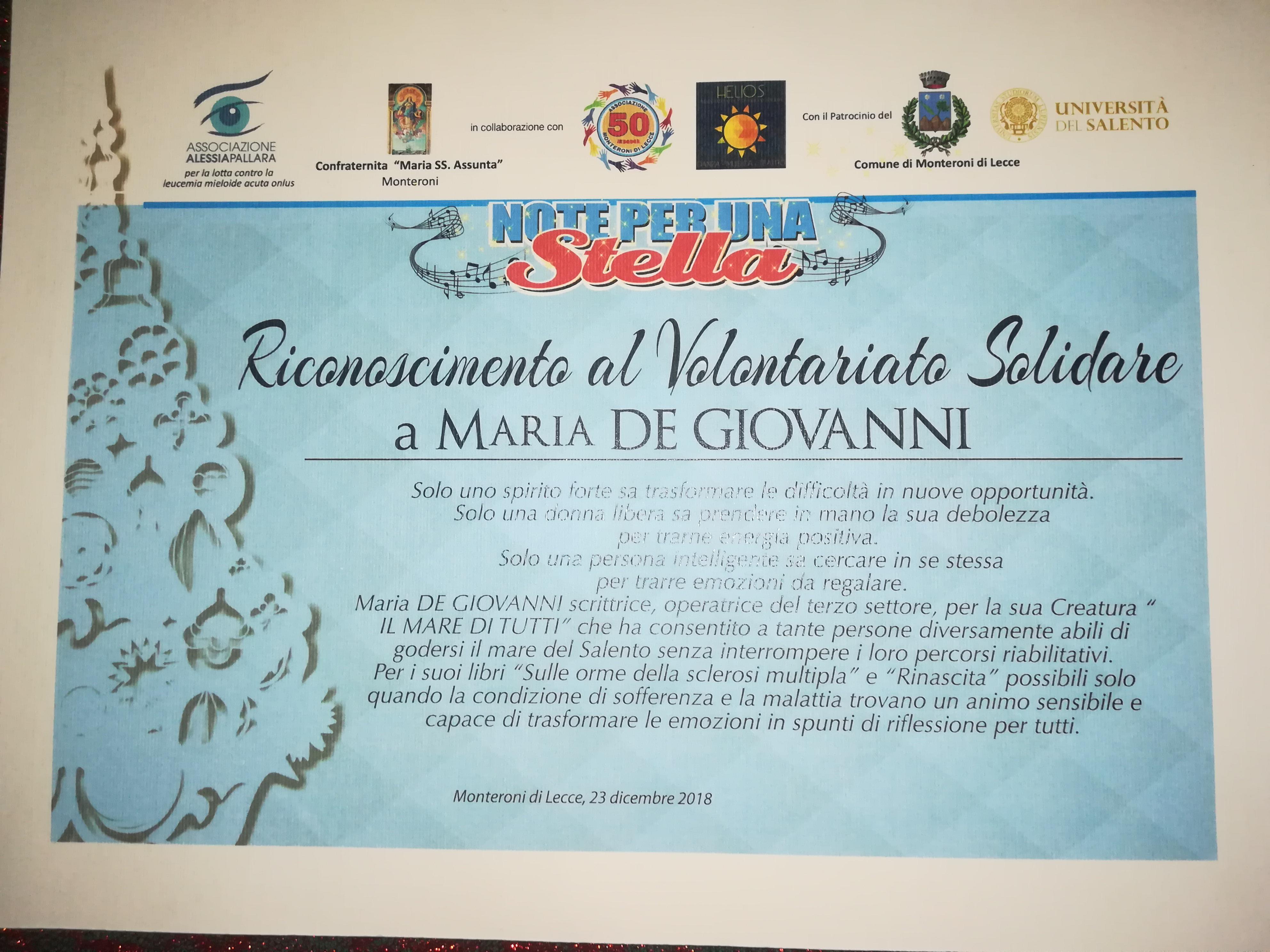 Maria De Giovanni riceve il premio dedicato al  –il mare di tutti-.