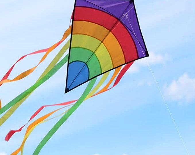 Oggi a Vernole aquiloni in cielo per la festa della primavera e San Giorgio