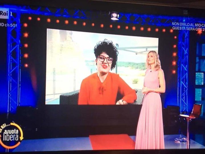 Maria De Giovanni a RAI 1, la donna coraggio parla a cuore aperto.